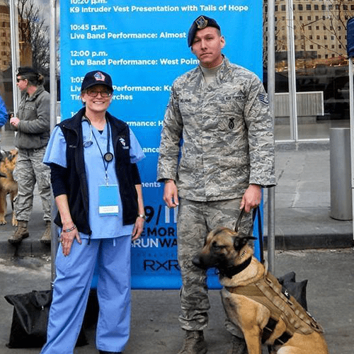 Animal Hospital in Park Ridge, NJ: Soldier With Dog